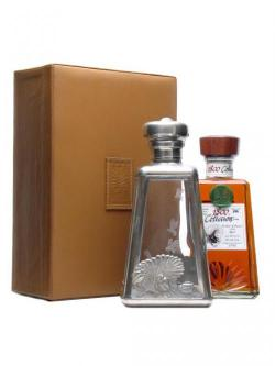 A bottle of 1800 Coleccion Anejo 1998 / Bot.2008