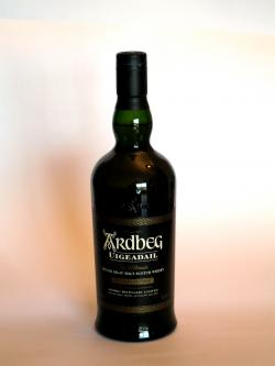 A photo of the frontal side of a bottle of Ardbeg Uigeadail