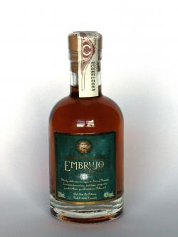A photo of the frontal side of a bottle of Embrujo de Granada