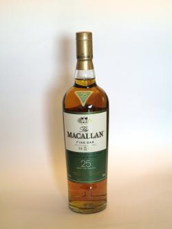 Macallan 25 year Fine Oak Front side
