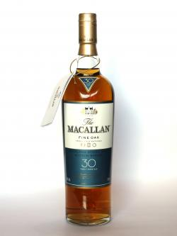 Macallan 30 year Fine Oak Front side