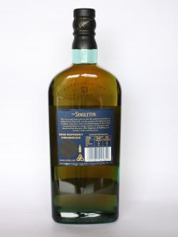 A photo of the back side of a bottle of Singleton of Dufftown 12 year