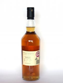 A photo of the back side of a bottle of Strathmill 12 year