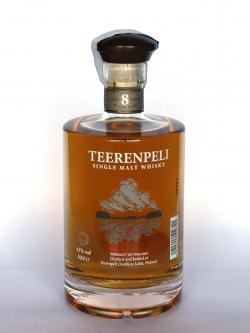 A photo of the frontal side of a bottle of Teerenpeli