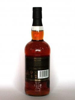 A photo of the back side of a bottle of Whyte & Mackay 19 year Luxury