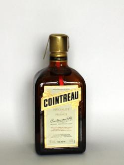Cointreau Front side